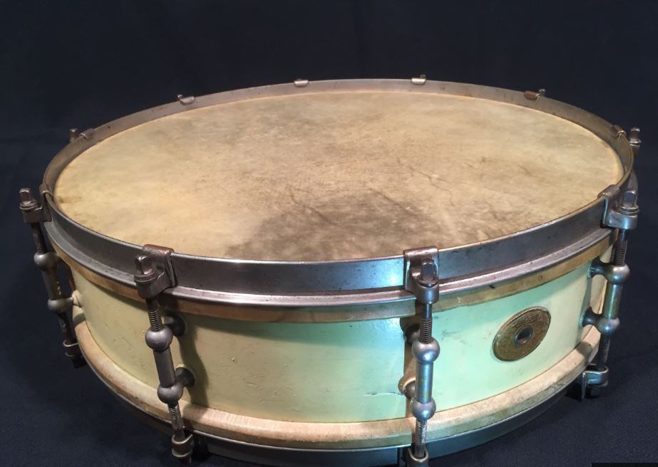 Vintage Ludwig & Ludwig, Chicago, early 1920s Professional Model snare drum,  5 x 15, 10-lug