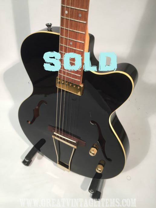 Yamaha Aex 500 Thinline Jazz Electro Acoustic Guitar